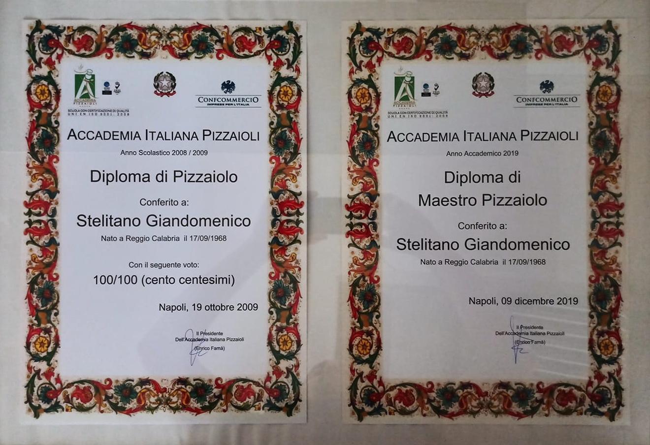 """Dix ans après mon """"Diplôme de Pizzaiolo"""", obtenu avec les honneurs, l'Académie Italienne Pizzaioli m'a décerné le """"Diplôme de Maître Pizzaiolo"""""""